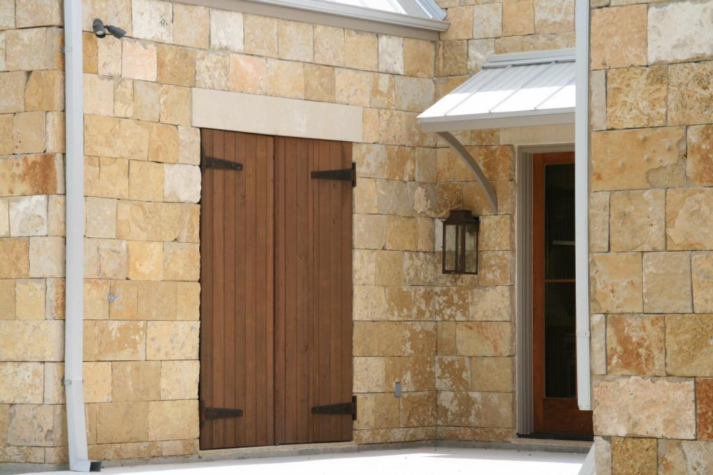 "<a href=""/node/239"">A CLOSER VIEW REVEALS THE DRY STACKED LAY OF THE HILL COUNTRY LIMESTONE AS WELL AS THE CUSTOM RECTANGULAR GUTTER DOWNSPOUTS </a>"